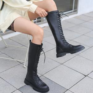 喵唔的天空英伦风2020新款马丁靴