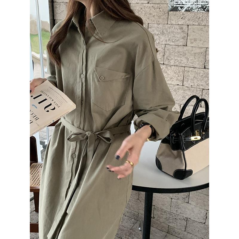 Huang Zheng solid color shirt dress womens 2021 autumn and winter Korean temperament close waist thin over knee medium length skirt l2544