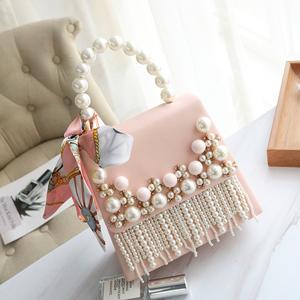 2021春新款潮女包珍珠镶钻流苏单肩手提斜挎包包小包时髦洋气2020