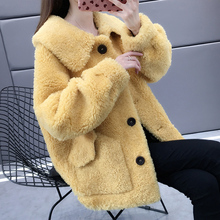 Granular cashmere coat women's short 2020 spring winter woolen Korean version pure color lamb wool coat cardigan short coat trend