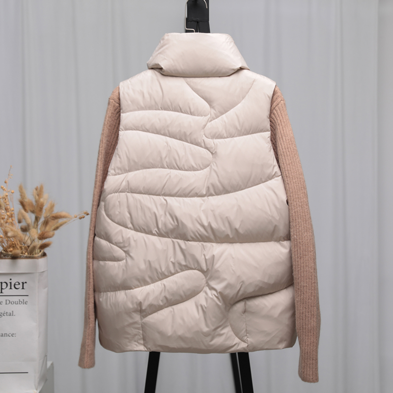 Down vest women's short fall / winter 2020 new Korean version loose light down jacket waistcoat and waistcoat