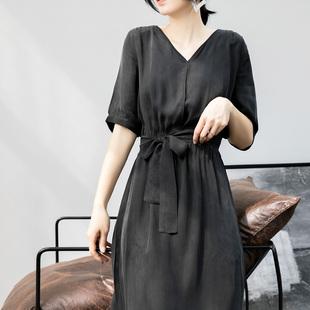 赫本风黑色V领铜氨丝长裙连衣裙女 醋酸缎面修身系带复古连衣长裙