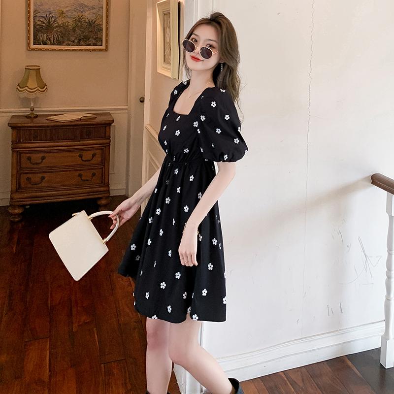 实拍现货2021夏季新款法式甜美复古泡泡袖高腰黑色连衣裙女P65
