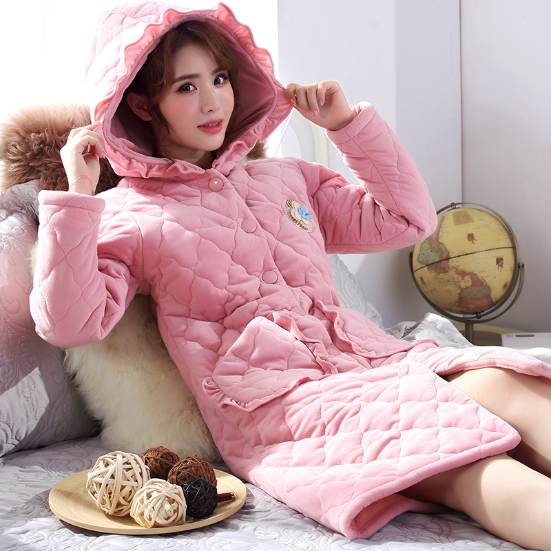 Nightdress womens autumn and winter long coral velvet pajamas with three layers of cotton and plush thickened warm Nightgown household clothes bathrobe