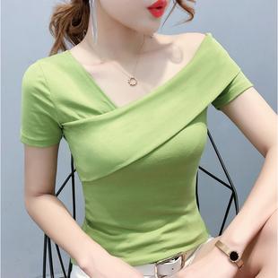 女2021新款 修身 夏装 牛油果绿t恤短袖 半袖 体桖性感斜领露肩上衣潮