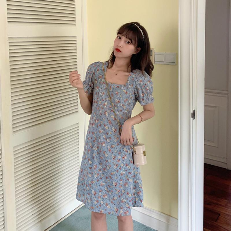 春款2020年新款蓝色碎花法式连衣裙