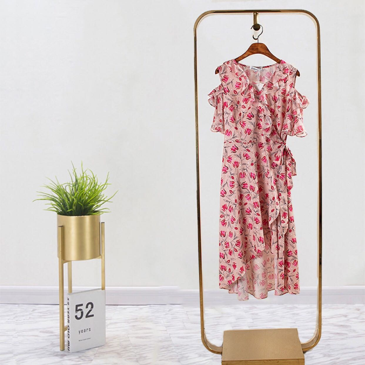 Coopers 2020 summer wooden ear edge V-neck off shoulder one piece lace up Print Chiffon Dress little woman