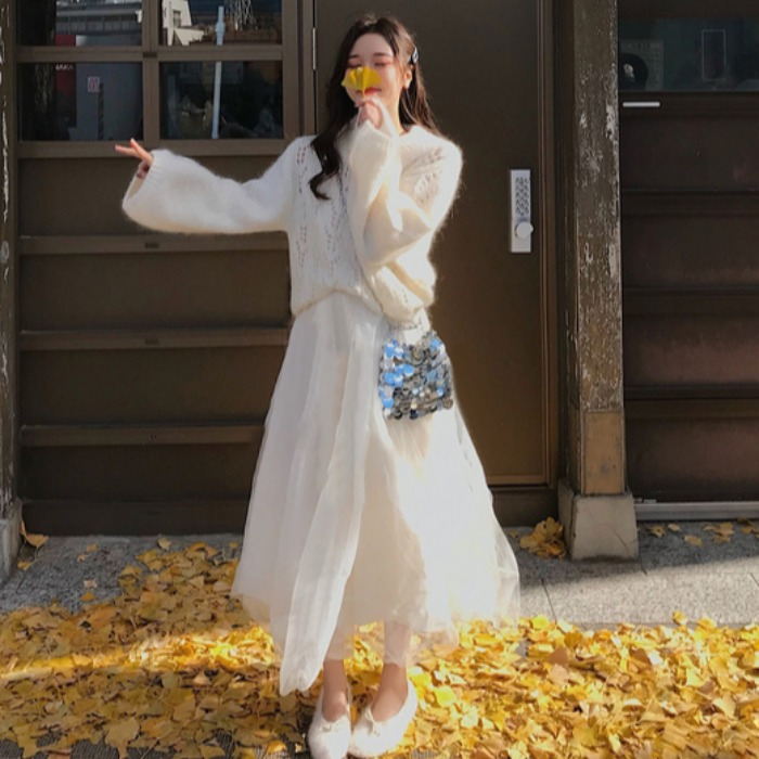 2019 new cut out loose fairy Pullover Sweater two piece French retro mesh skirt