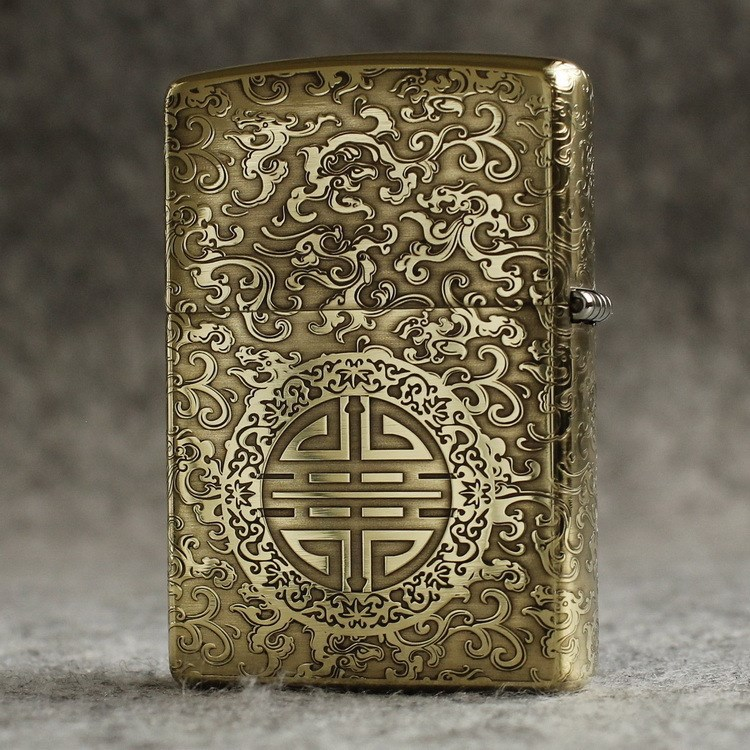 ZIPPO windproof lighter pure copper (armor) is surrounded by etched auspicious clouds on five sides, blessing the elders
