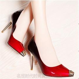 2020新款牛皮女单鞋 细高跟透气高档时尚渐变漆皮尖头小码女单鞋