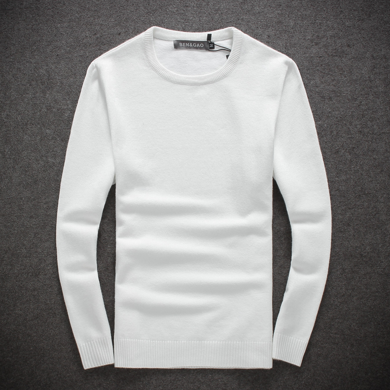 Winter mens solid white round neck sweater, Korean version slim fit sweater, pullover, bottomed cashmere sweater, knitwear trend