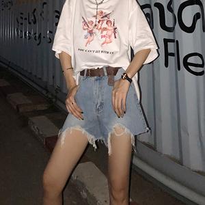 领5元券购买【8折拼团】宽松cec直筒显瘦破洞泫雅高腰不规则短裤牛仔裤女热裤