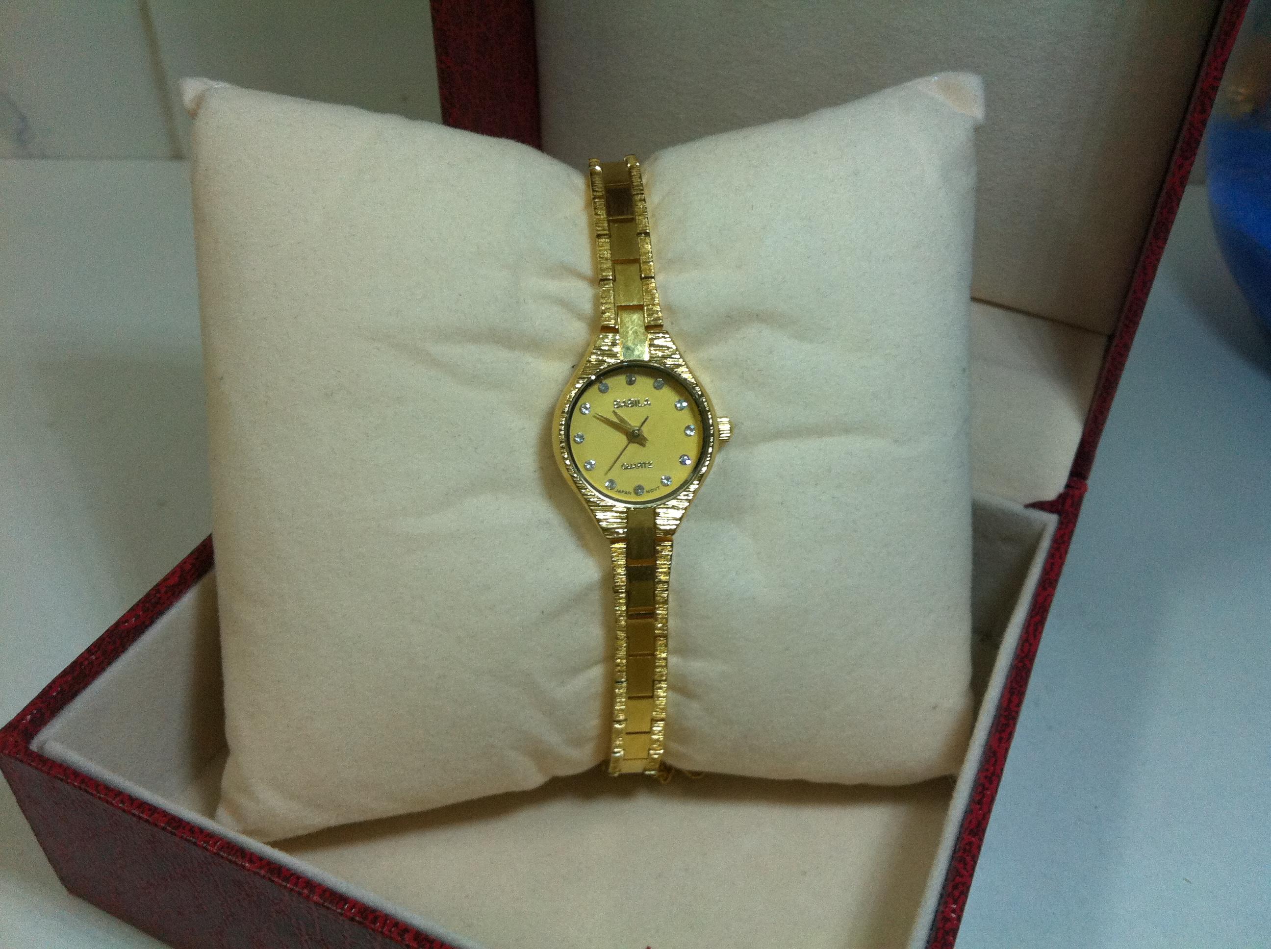 年终特价手表出售正品BABILA 圆形手链小表盘镀金石英水钻女表403