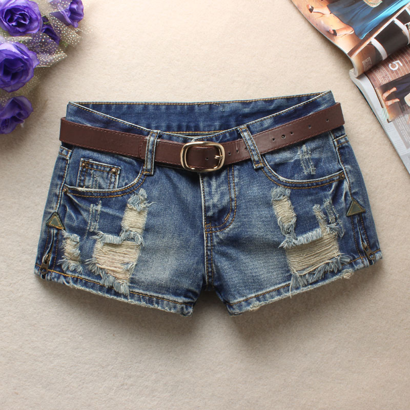 2019 new denim shorts womens Korean version loose students large size wear holes zipper hot pants fashion