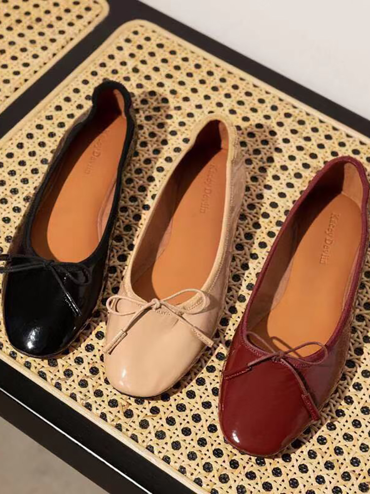 New ballet shoes soft and comfortable egg roll dance shoes patent leather bow flat bottom shallow mouth single shoes women