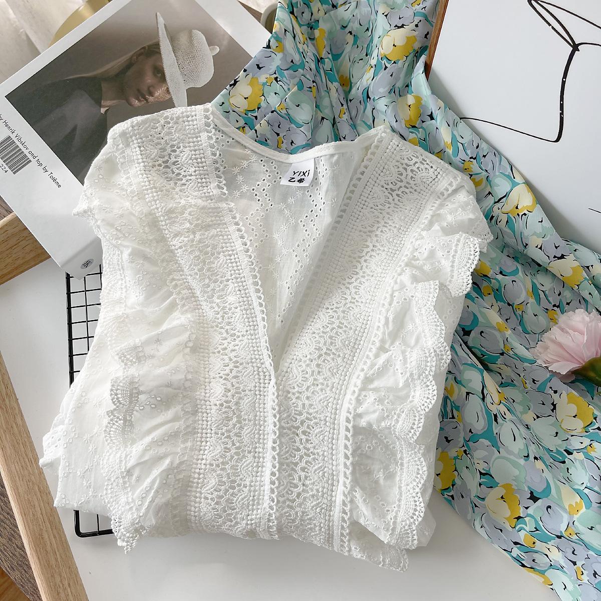 法式温柔风荷叶边镂空短袖蕾丝衫女2021夏装新款韩版小个子衬衫潮