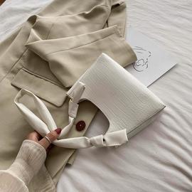 夏天高级感腋下包小众法棍包包女2020新款潮法式质感流行单肩小包图片