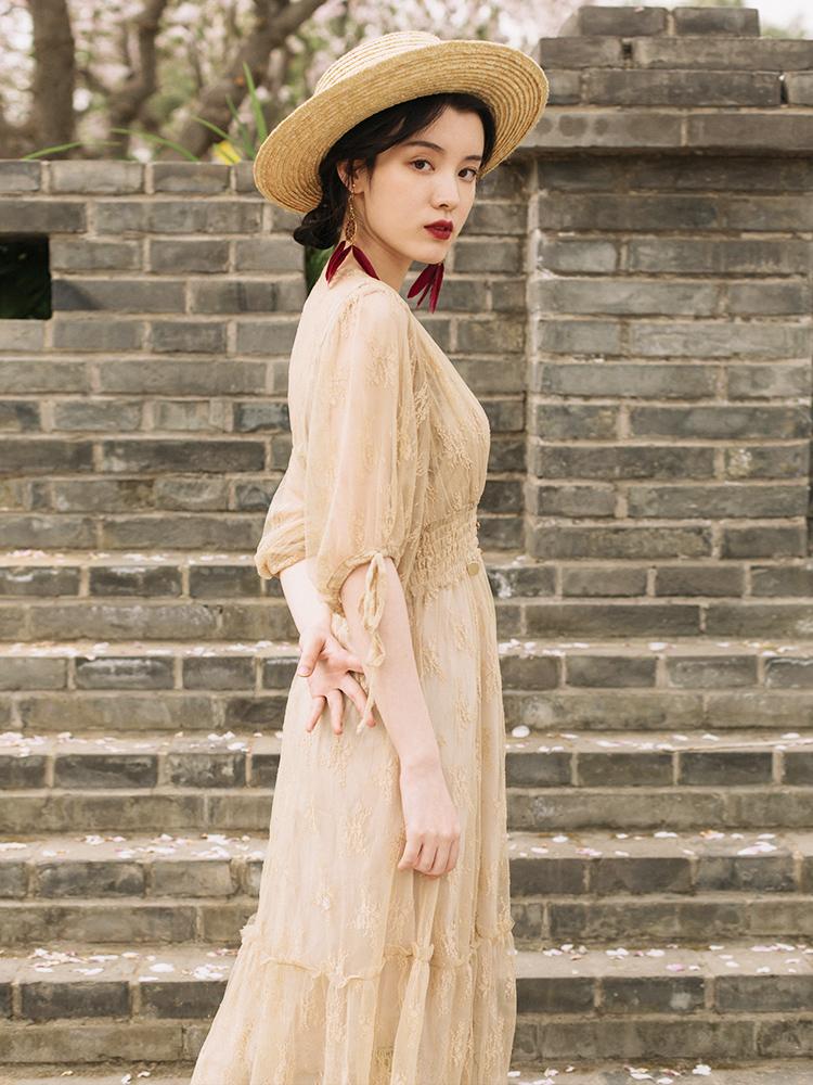 斌斌家维多利亚法式宫廷复古裙很仙的法国小众连衣裙度假仙女长裙