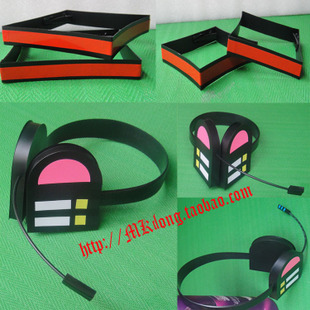 Spot animation around Hatsune Miku miku cosplay accessories pink red headphones Hatsune home