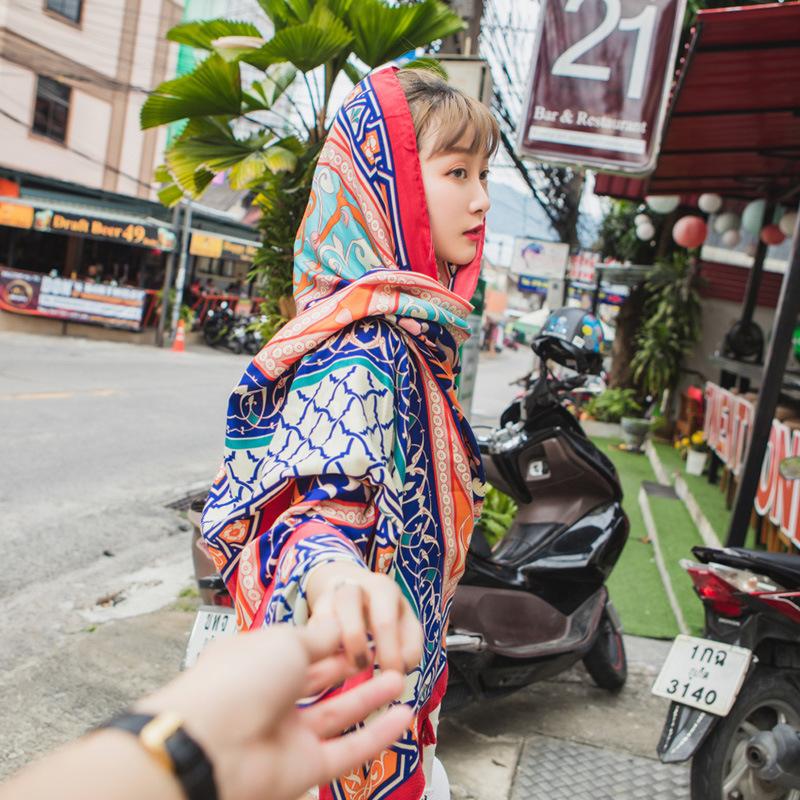 巴厘岛普吉岛出国旅游女长款披肩夏防晒民族风超大沙滩巾围巾薄女