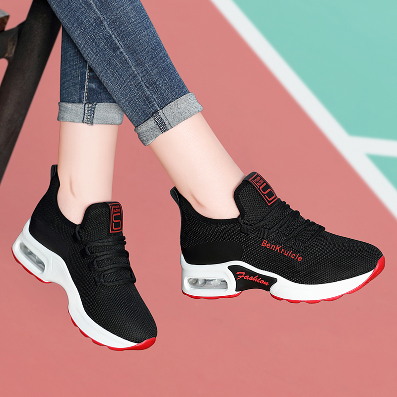 Sports shoes womens new breathable leisure lightweight air cushion running shoes in spring 2020 spring 2019 travel shoes