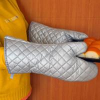 2只耐高温400度微波炉烤箱挂烫机烘培隔热防烫烧烤商用涂银布手套