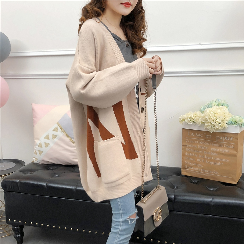 Spring and autumn knitwear cardigan womens extra large wool top 200kg fat girl V-Neck long sleeve coat Korean version