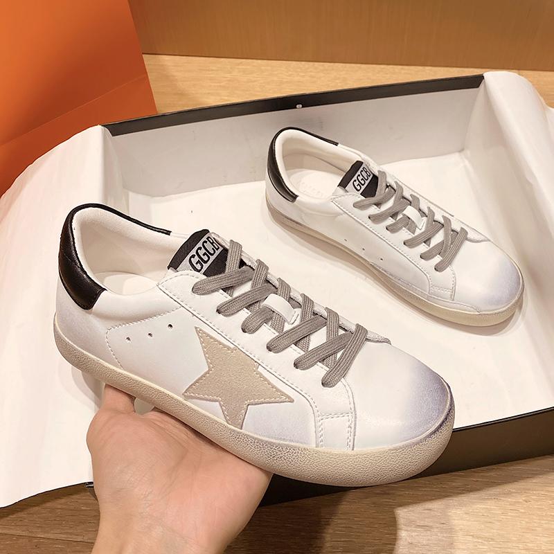 女款鞋子2021年春季鞋休闲鞋脏脏鞋洋气平底单鞋运动休闲爆款