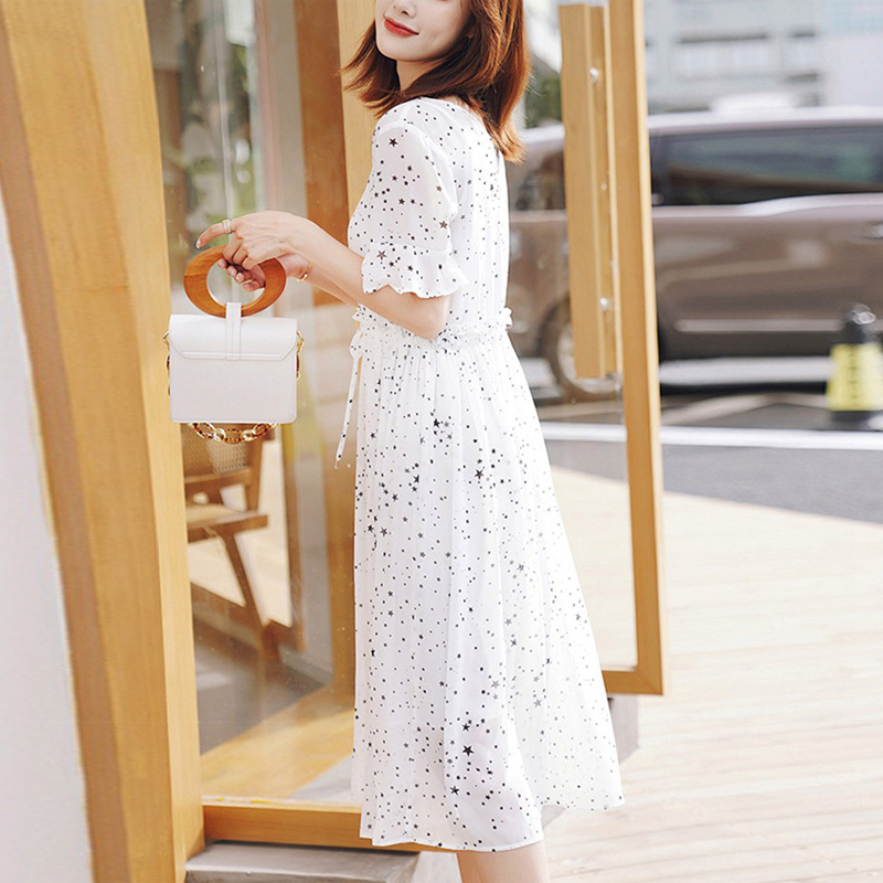 Floral Chiffon dress womens summer 2020 new small fresh medium length V-neck drawstring waist white bottom skirt trend