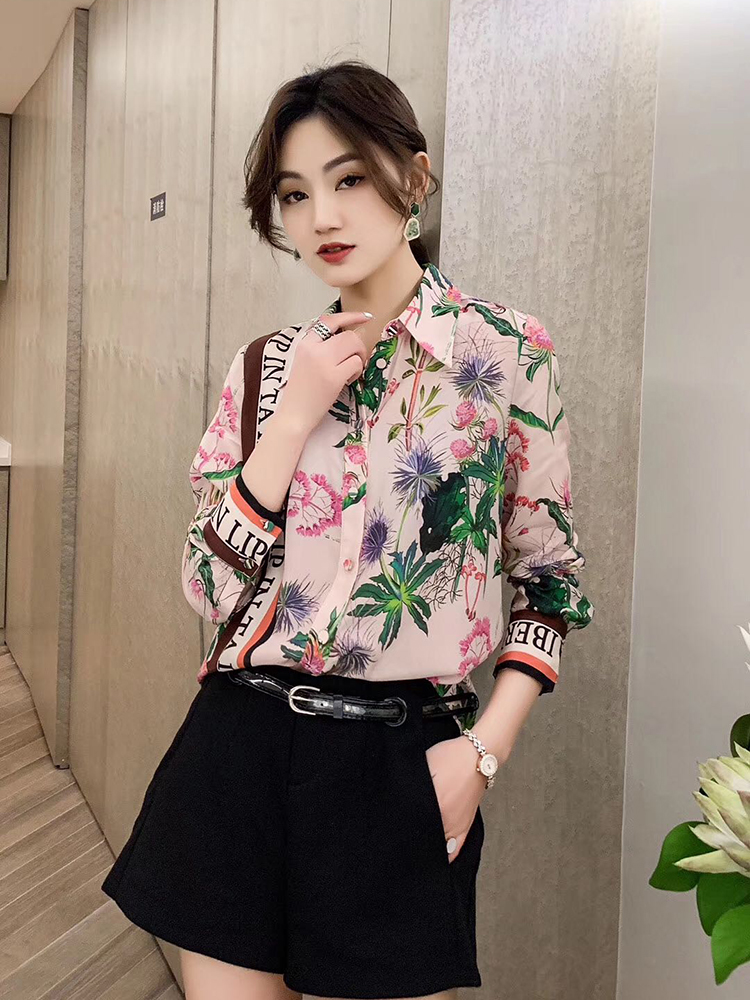 Silk shirt womens long sleeve 2021 spring and summer new fashion foreign style printed mulberry silk shirt European fashion top