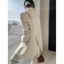 因由侧开叉设计感西装上衣女直角肩廓形抗皱宽松显瘦外套休闲长袖