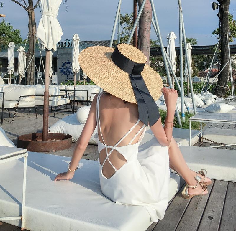 12月01日最新优惠2019新款夏季女巴厘岛海边连衣裙性感露背马尔代夫渡假风沙滩短裙