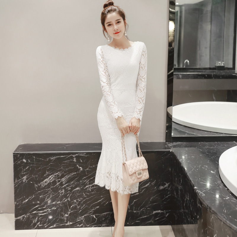 Spring and summer 2019 new fashion fairy Lace Sexy backless slim mid long temperament fishtail dress