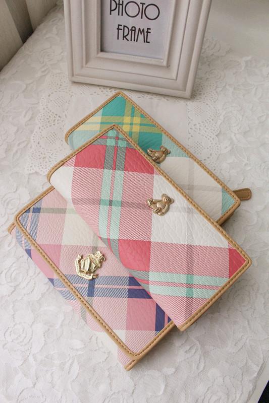 [PV] Korean fashion and leisure Korean version retro little fresh check color contrast bear womens purse package