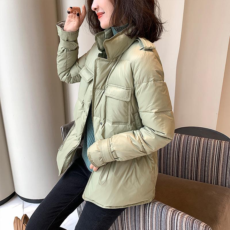 轻薄款羽绒服女短款欧洲站2020冬季新款欧货时尚收腰薄款绿色外套