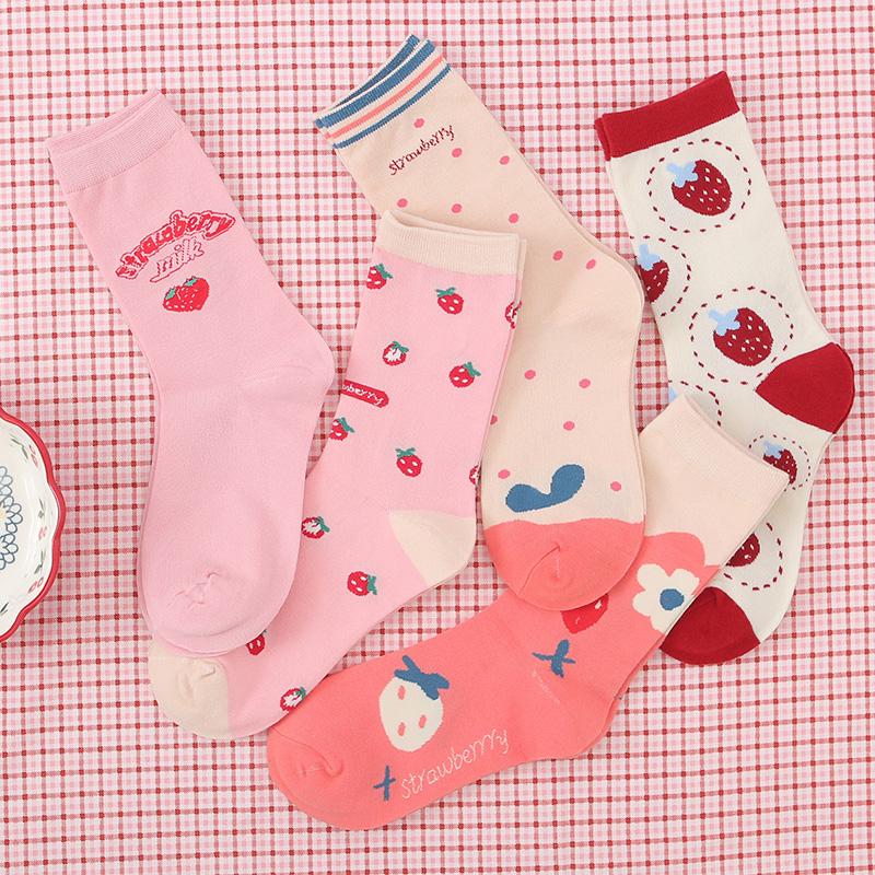 3双袜子女ins潮中筒袜潮韩版甜美日系可爱学生少女心个性草莓长袜
