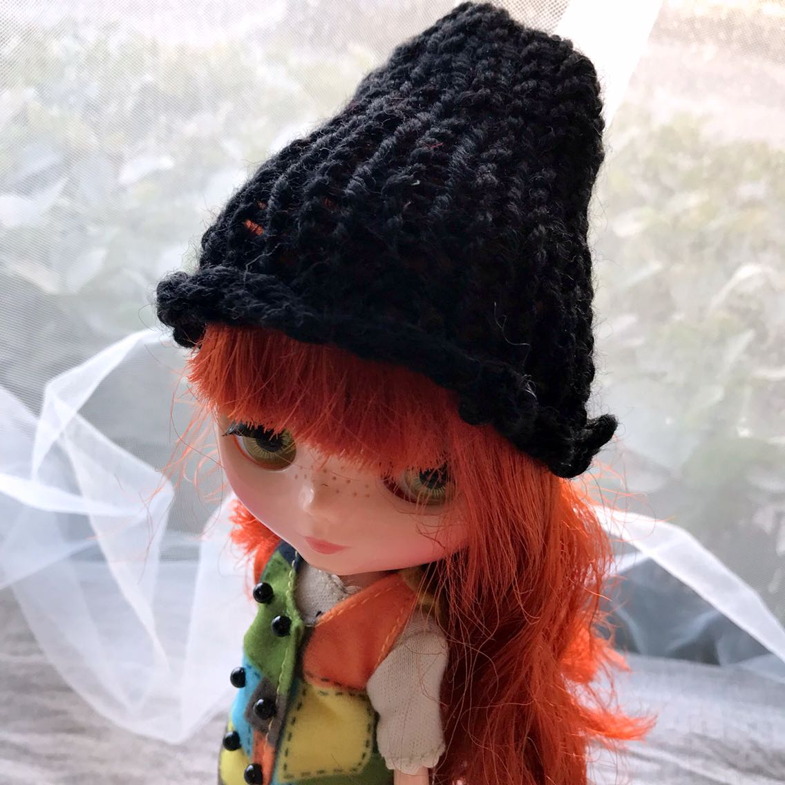 BJD dolls special area ball joint doll 6 points SD baby Blythe little cloth baby dress wool hat black