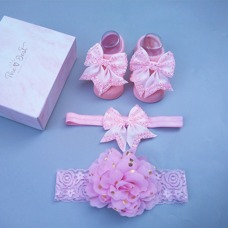 European and American newborn gift box bow head with full moon baby gift Korean hairband socks set