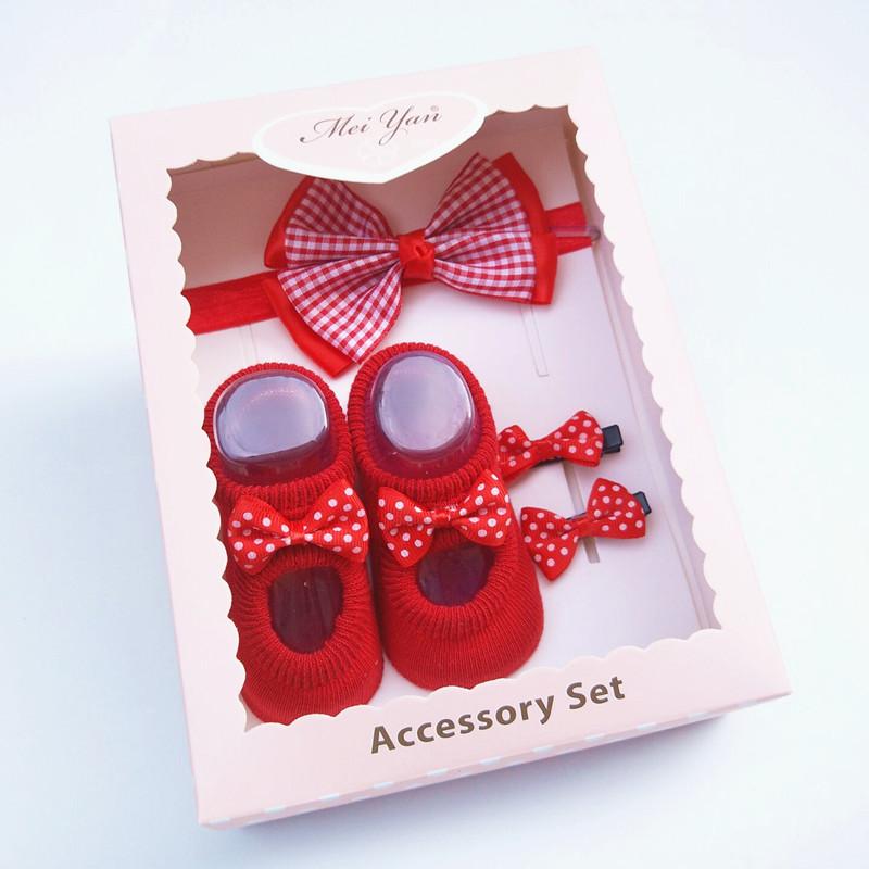 Korean version baby hair with socks Set Baby Headband New Year gift box full moon 100 day gift headdress