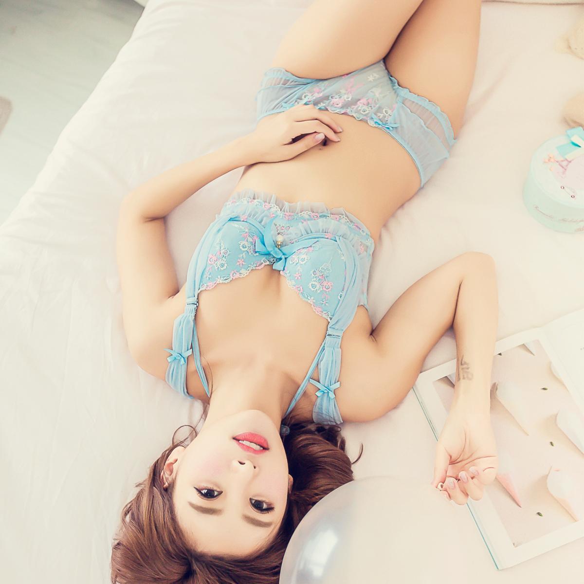日系大码文胸可爱胖mm200斤性感聚拢薄款公主套装夏大罩杯内衣90C