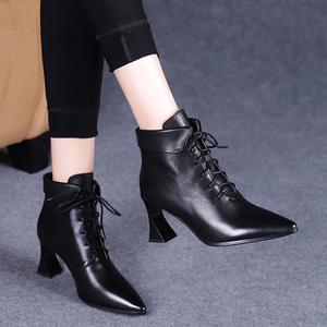 靴子女2020秋款新款尖头系带真皮鞋粗跟短靴女春秋单靴高跟马丁靴