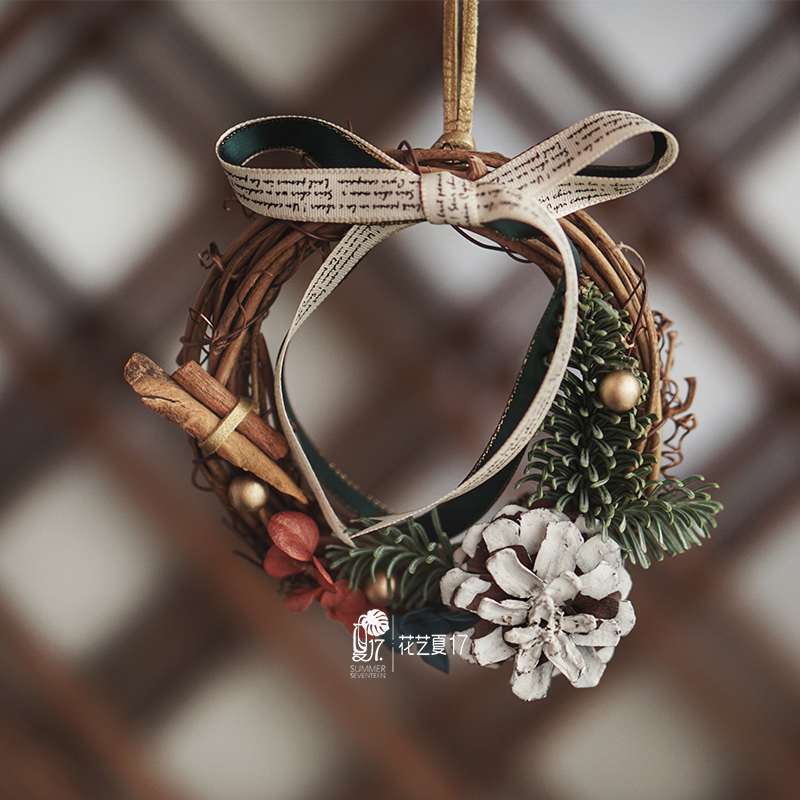 Christmas car hanging ornaments Christmas norbesson cinnamon small wreath package