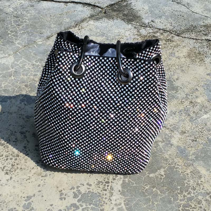 High quality water drill bucket bag one shoulder portable cross net red dinner chain banquet Mini Bag