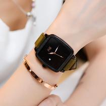 2020年新款简约女士手表女表时尚款个姓复古方形大表盘国产腕表