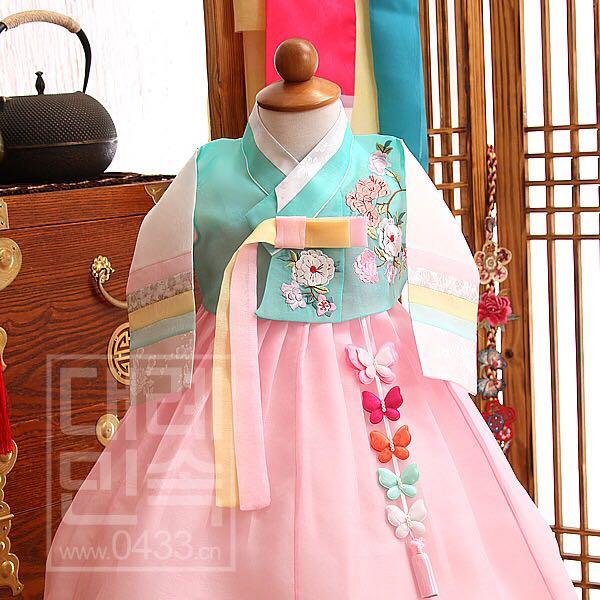 ⑤串彩色蝴蝶挂件女孩韩服装饰挂件