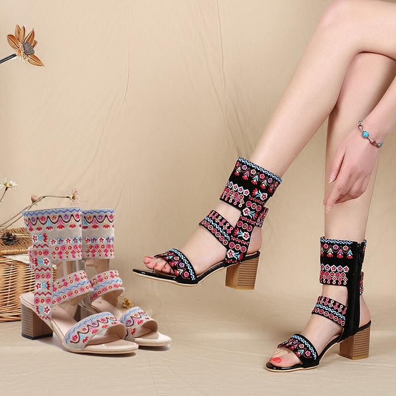夏季新款民族风女鞋粗跟波西米亚凉鞋绣花凉靴度假复古刺绣高跟鞋