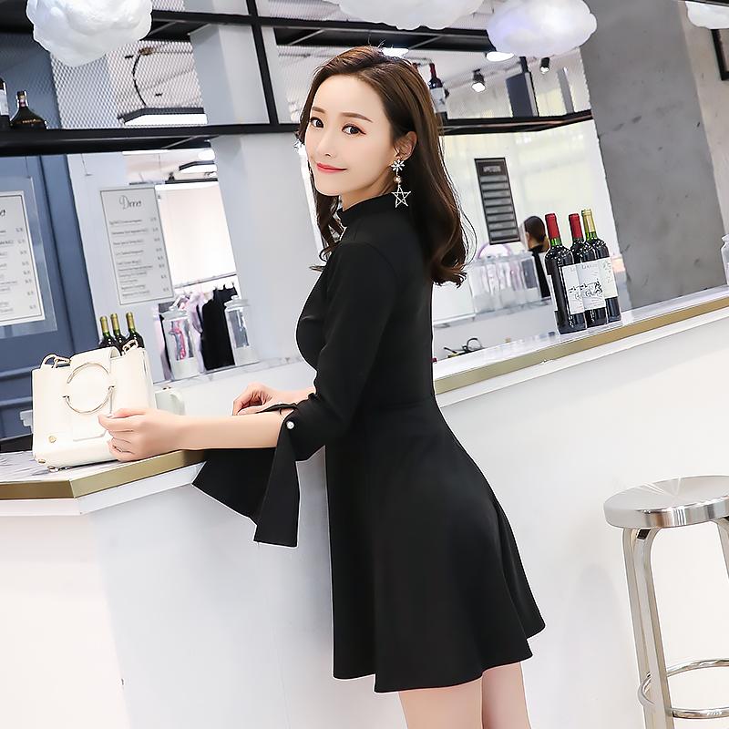 2019小黑裙長袖秋冬新款名媛打底氣質開叉時尚A字裙