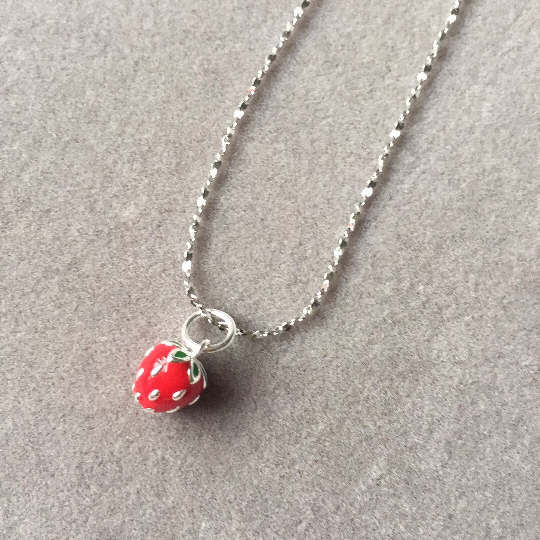 Original lovely three-dimensional strawberry glaze drop glue strawberry Sterling Silver Necklace adjustable length new products special package