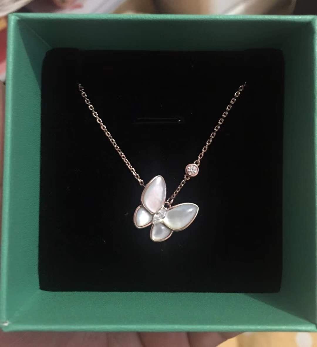 天然珍珠贝母贝壳斜蝴蝶项链锁骨链通体925纯银镀玫瑰金奢华新款