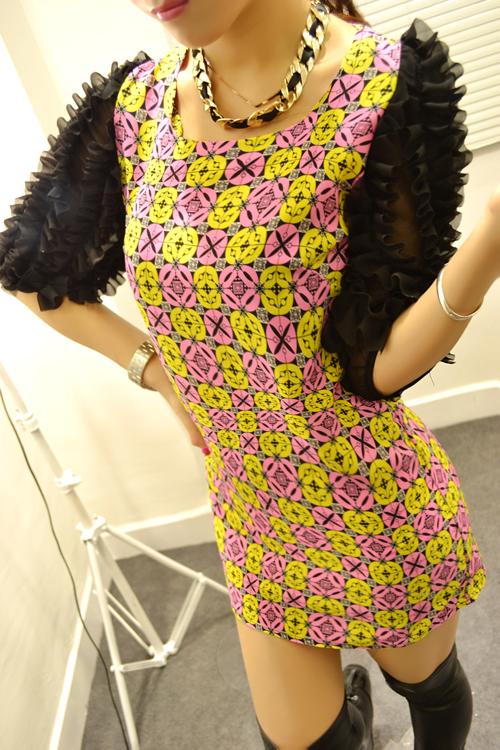 2018春夏新款韩版女装气质铜钱花朵泡泡袖花朵袖修身连衣裙